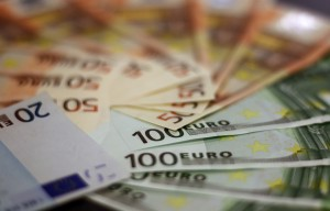 money-1033647_960_720